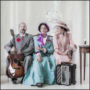 les-souffleuses-trio-sept-2013-14.jpg